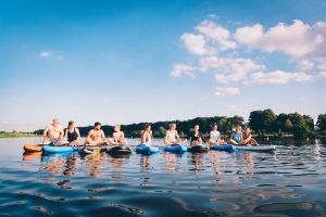 Ins Blaue SUP Werdersee Pause auf dem Wasser